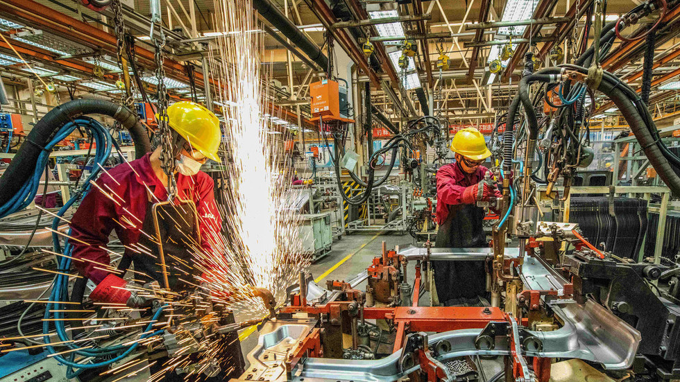 Chinese industrial giants' profits soar more than 90% in March – report