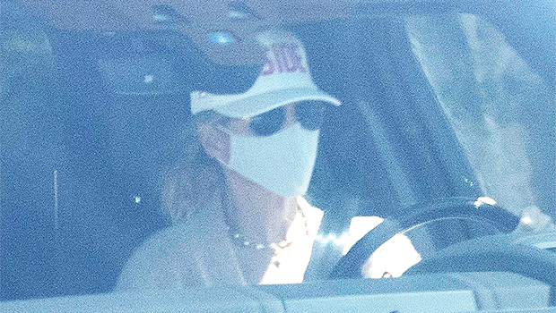 Lori Loughlin Pictured For The 1st Time Since Husband Mossimo Giannulli's Early Prison Release