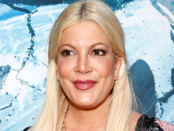 Tori Spelling, 47, Rocks Red Bikini While In Palm Springs With Husband Dean McDermott & Their 5 Kids