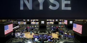 NYSE to ease floor restrictions for vaccinated traders