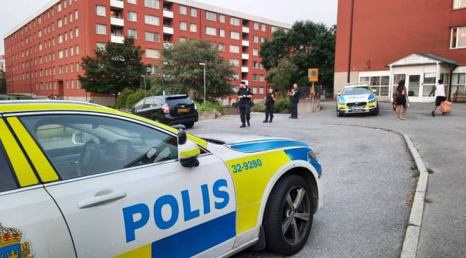 """Strong political reactions in Sweden after two children end up injured in shooting incident: """"Disgusting"""""""