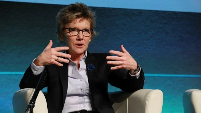 Top Fed official warns Delta variant