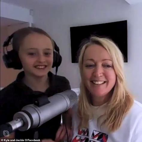 Embarrassed: She even revealed she was so self-conscious she would no longer let her daughter 10-year-old daughter, Kitty (left), see her naked