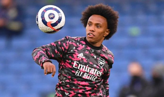 Arsenal's star Willian shows an 'incredible gesture of generosity' Gunners exit