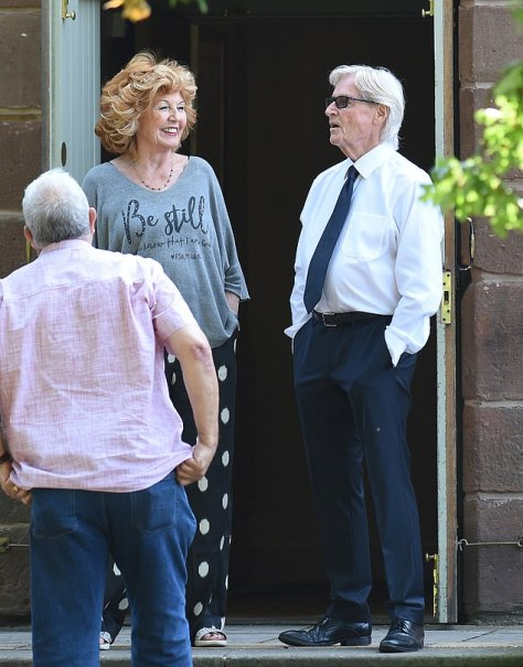 Dapper: Long-time Corrie favourite Ken looked dapper on set in the middle of the week