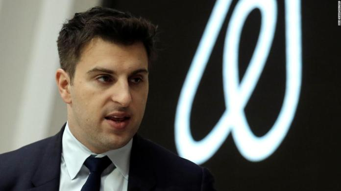 Airbnb claims it will house 20,000 Afghan refugees