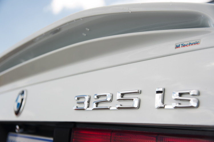 Are you really looking for the E30 BMW 325i or the Classic E30?