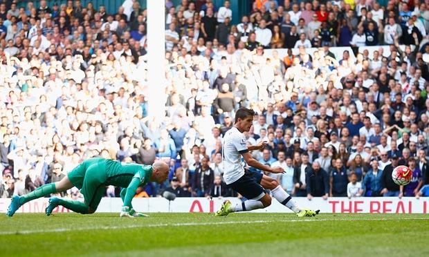Lamela scoring the fourth stunning goal against Mancity