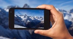 photos on smartphone