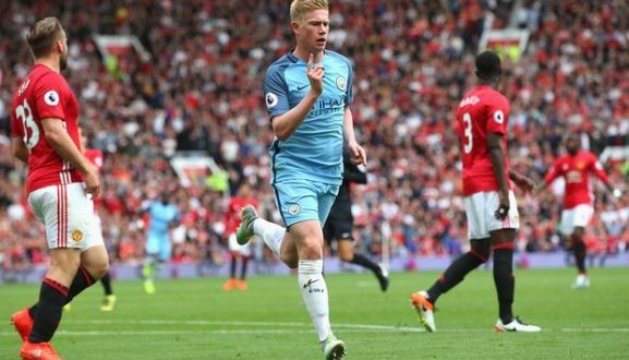 Man city win 2-1 over manchester United