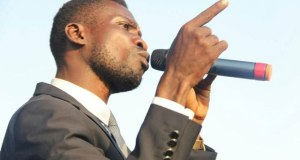 Bobi wine swears to never sing for a dictatorship
