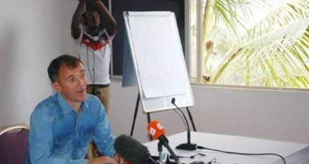 Micho Says Good bye to Uganda cranes
