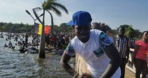 bobi at one love beach