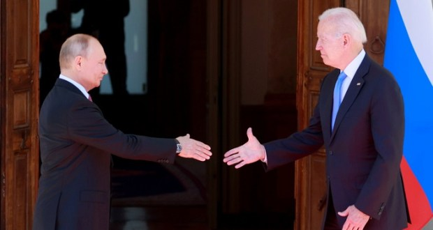 Biden Accidentally Calls Putin 'President Trump', Then Corrects Himself
