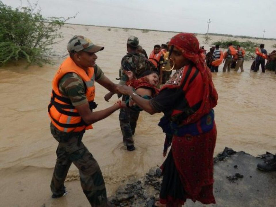 A mother and child rescued  in village Servo