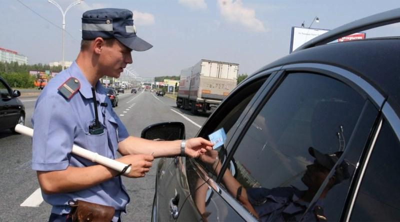 Штраф за повторное управление автомобилем без прав может появиться в КоАП