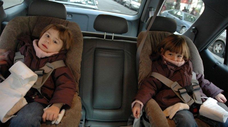 До какого возраста нужно детское кресло в России