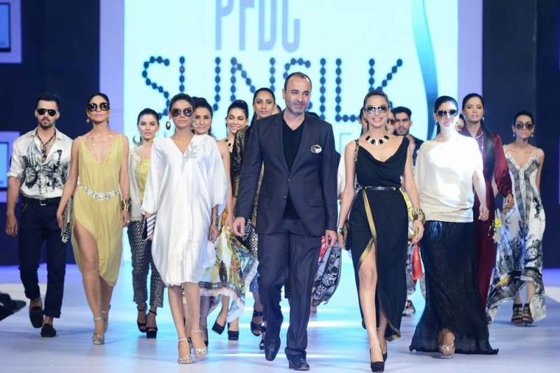 Deepak Perwani Top Pakistani Fashion Designer
