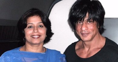 Bollywood star Shah Rukh Khan (right) with his Pakistan-based cousin Noor Jehan.