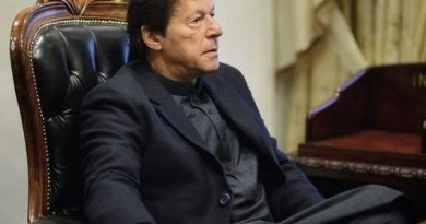 Imran Khan order to arrest expensive flour sellers