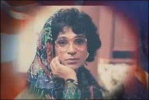 Moin Akhtar in a Women role