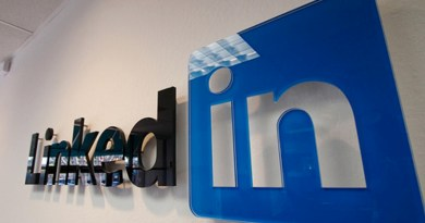How LinkedIn can help you in getting a job?
