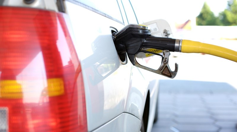 Petrol Prices in Pakistan to be increase from 1 July