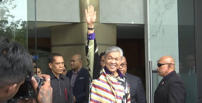 मलेशिया के पूर्व उप प्रधानमंत्री गिरफ्तार