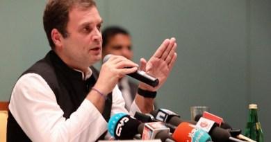 राहुल गांधी ने यूपी में एसपी-बीएसपी गठबंधन को लेकर कहा कि कांग्रेस यूपी में अपने दम पर लड़ने और जीतने में सक्षम है।