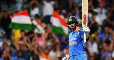 एडिलेड वनडे में टीम इंडिया ने शानदार जीत दर्ज की है। इस जीत के हीरो रहे कप्तान विराट कोहली और महेंद्र सिंह धोनी