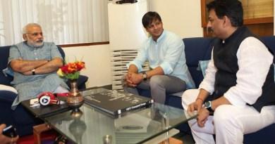 पीएम मोदी की बायोपिक में लीड रोल में अभिनेता विवेक ओबराय नजर आएंगे।