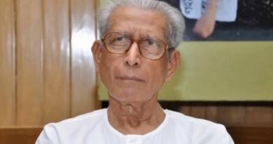 हिंदी के मशहूर साहित्यकार नामवर सिंह नहीं रहे। 92 साल की उम्र में मंगलवार रात दिल्ली के AIIMS में उन्होंने आखिरी सांस ली।