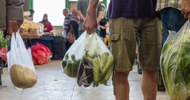 उत्तराखंड में पॉलीथिन में सामान बेचने पर जुर्माना
