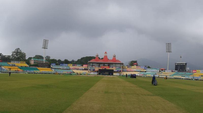 भारत और दक्षिण अफ्रीका के बीच शुरू हो रही तीन टी-20 मैचों की सीरीज का पहला मुकाबला आज धर्मशाला में खेला जाएगा। मैच शाम 7 बजे शुरू होगा।