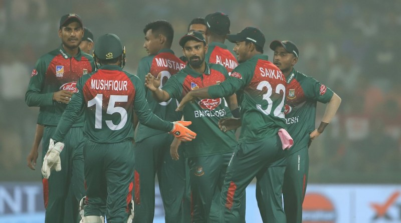 बांग्लादेश ने भारत को 7 विकेट से रौंदा