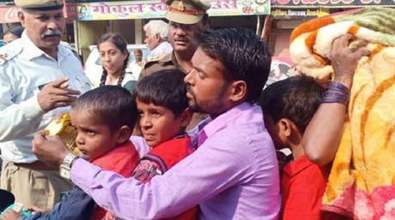 उत्तर प्रदेश के गाजीपुर में ट्रैफिक पुलिस का अभियान