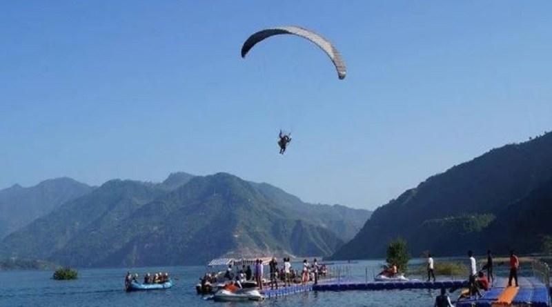 उत्तराखंड टिहरी झील में पर्यटन को बढ़ावा देने के मकसद से टिहरी झील महोत्सव 2020 की तैयारी शुरू हो गई। 17 से 19 मार्च के बीच महोत्सव का आयोजन किया जाएगा।