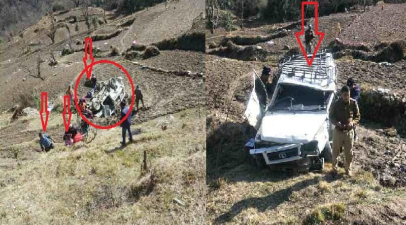 उत्तराखंड के चमोली में भीषण सड़क हादसा हुआ है। ग्वालदम-खंपाघार-चिड़िगा मोटर मार्ग पर शनिवार को एक टाटा सूमो वाहन सड़क से करीब 50 मीटर खाई में जा गिरा।