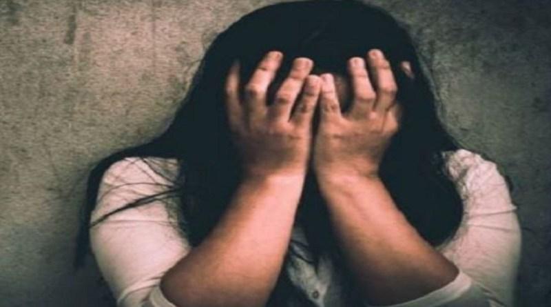 चंपावत के बनबसा में 6 साल पहले शादी का झांसा देकर महिला का यौन शोषण करने और जान से मारने की धमकी देने के मामले में पुलिस ने मुख्य आरोपी को गिरफ्तार कर लिया है।