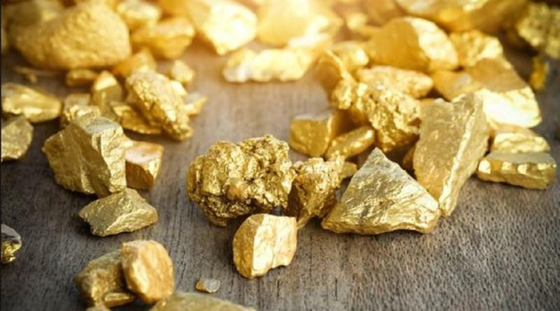 उत्तर प्रदेश में सोने का एक बहुत बड़ा भंडार मिला है। मीडिया रिपोर्ट्स के मुताबिक सोनभद्र की पहाड़ियों पर 3 हजार टन सोने का भंडार मिला है।