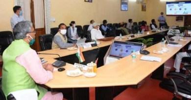 उत्तराखंड की त्रिवेंद्र सिंह रावत सरकार ने बुधवार को देहरादून से वीडियो कॉन्फ्रेंसिंग के जरिये सभी जिलों के लिए ई-हॉस्पिटल यानि टेलीमेडिसिन सेवा को लॉन्च कर दिया।
