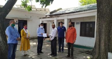 उत्तराखंड के अल्मोड़ा बुधवार को नगर कांग्रेस कमेटी लगातार बढ़ रही पेट्रोल-डीजल की कीमतों पर रोक लगाने की मांग की है।