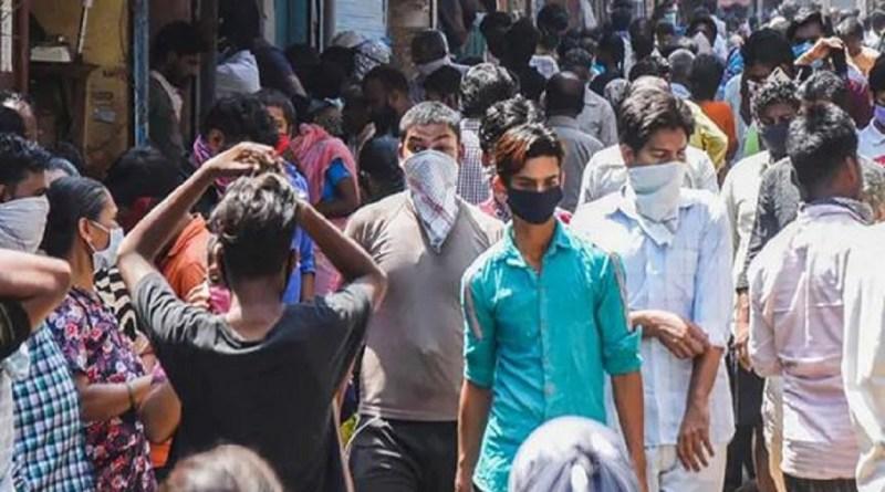 उत्तराखंड में कोरोना वायरस का संक्रमण फैलने से रोकने के लिए सरकार ने सोशल डिस्टेंसिंग के नियमों को और सख्त कर दिया है।
