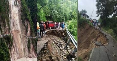 भारी बारिश में बह गया चमोली-गोपेश्वर-ऊखीमठ हाईवे का एक हिस्सा! 15 सितंबर तक वाहनों की आवाजाही पर रोक