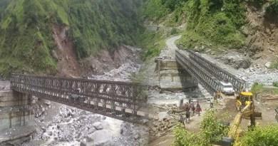 पिथौरागढ़: एक पोकलैंड, एक क्रेन और 80 मजदूर, 9 दिन में ऐसे तैयार हुआ 180 फीट लंबा पुल