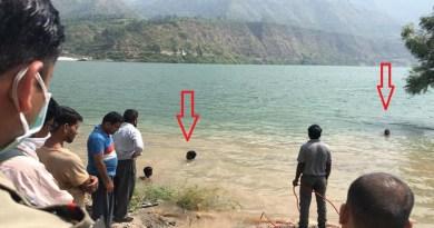 उत्तरकाशी से दुखद खबर है। चिन्यालीसौड़ के पिपलमंडी में टिहरी झील में 9 साल के बच्चे के डूबने से इलाके में कोहराम मच गया है।
