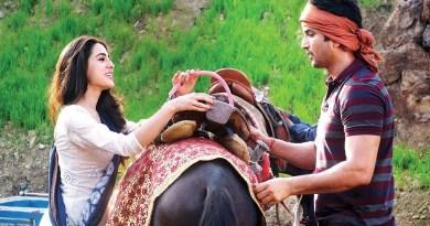 सुशांत सिंह राजपूत केस में ड्रग्स कनेक्शन की जांच कर रही एनसीबी की तलवार कई बड़े फिल्मी सितारों पर लटक गई है।H