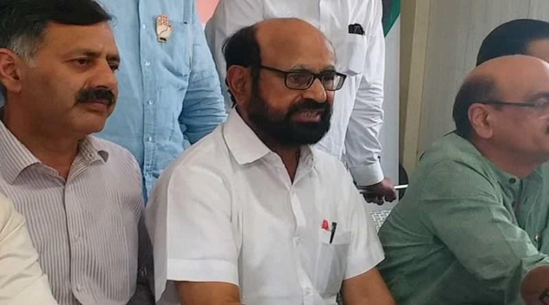 उत्तराखंड कांग्रेस के पूर्व प्रभारी अनुग्रह नारायणण सिंह को दिल्ली के गंगाराम अस्पताल में भर्ती कराया गया है। बताया जा रहा है कि वो पिछले एक हफ्ते से बीमार चल रहे हैं।