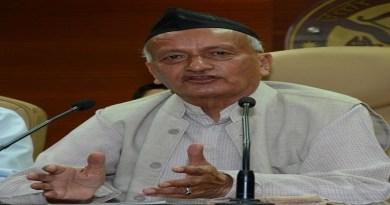 उत्तराखंड हाई कोर्ट ने प्रदेश पूर्व मुख्यमंत्री और महाराष्ट्र के मौजूदा राज्यपाल भगत सिंह कोश्यारी को अवमानना नोटिस जारी किया है।