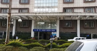 उत्तराखंड शासन ने 6 पीसीएस अधिकारियों के तबादले कर दिए हैं। अशोक कुमार पांडे की कुंभ मेले में नियुक्ति रद्द कर दी गई है।